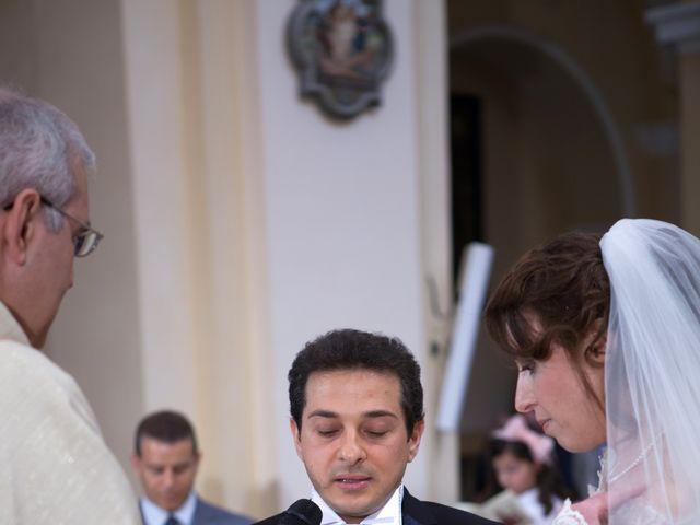 Il matrimonio di Francesco e Raffaella a Loreto Aprutino, Pescara 33