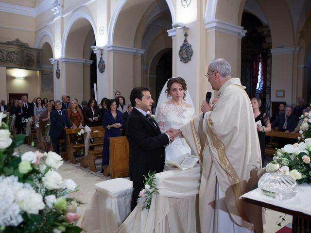 Il matrimonio di Francesco e Raffaella a Loreto Aprutino, Pescara 35