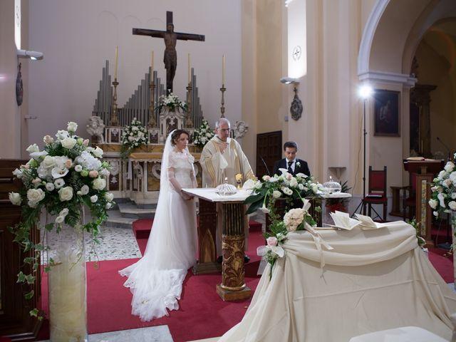 Il matrimonio di Francesco e Raffaella a Loreto Aprutino, Pescara 40