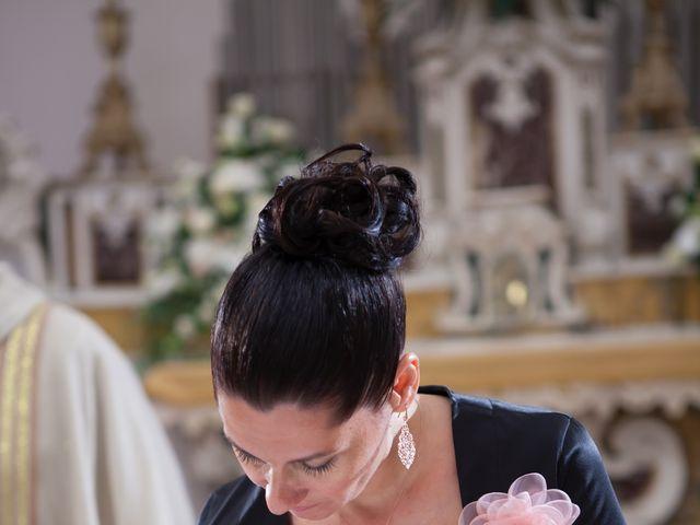Il matrimonio di Francesco e Raffaella a Loreto Aprutino, Pescara 44