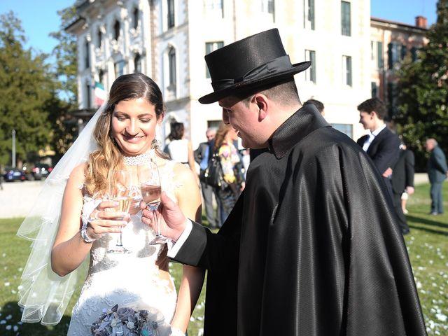 Il matrimonio di Danilo e Sefora a Varese, Varese 17