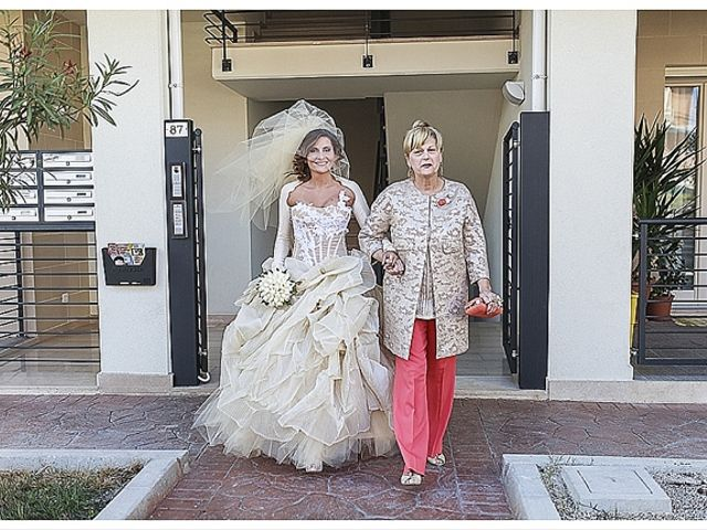Il matrimonio di Gianni e Agata a Porto Sant'Elpidio, Fermo 26