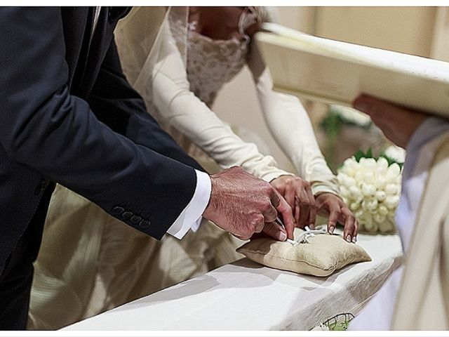 Il matrimonio di Gianni e Agata a Porto Sant'Elpidio, Fermo 31