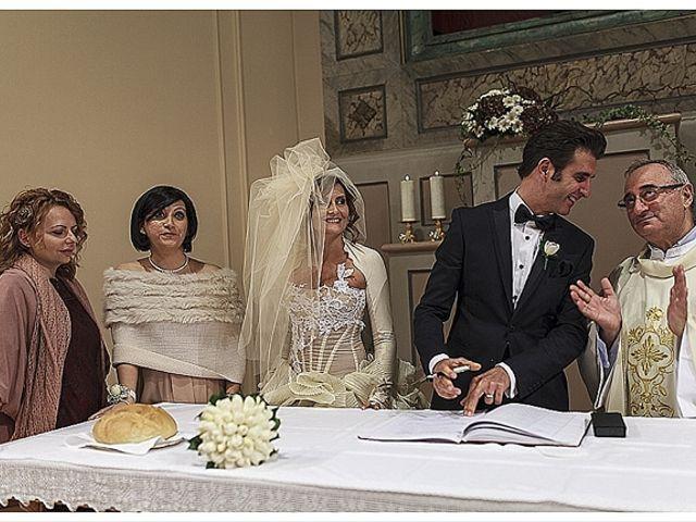 Il matrimonio di Gianni e Agata a Porto Sant'Elpidio, Fermo 34