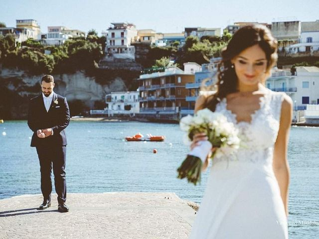 Il matrimonio di Raffaele  e Ilaria a Bacoli, Napoli 2