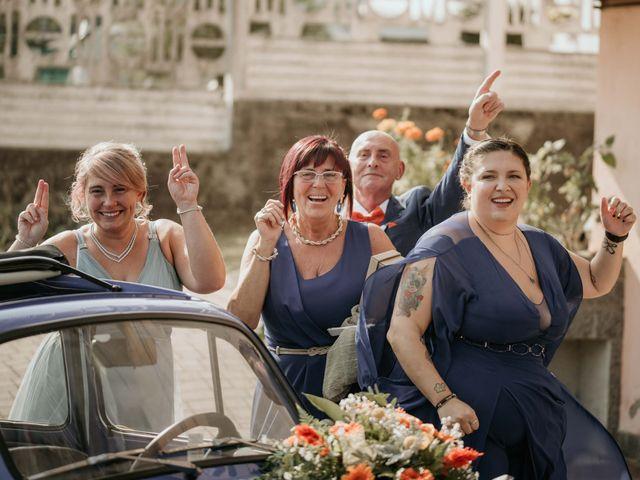 Il matrimonio di Mattia e Ambra a Vergiate, Varese 19