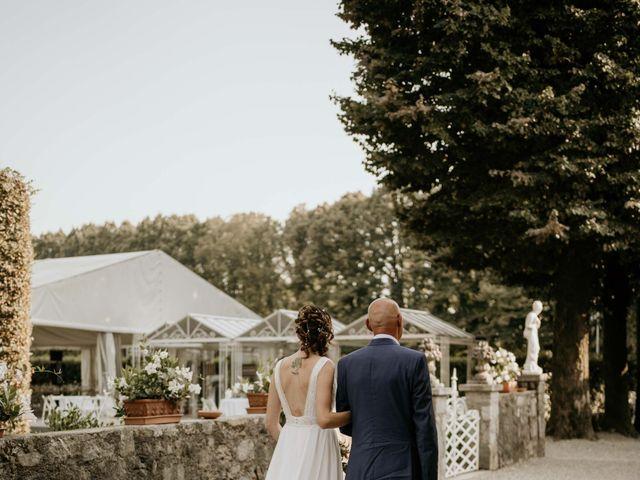 Il matrimonio di Mattia e Ambra a Vergiate, Varese 23