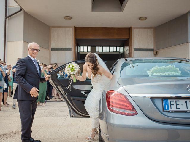 Il matrimonio di Ivana e Giuseppe a Lentini, Siracusa 19