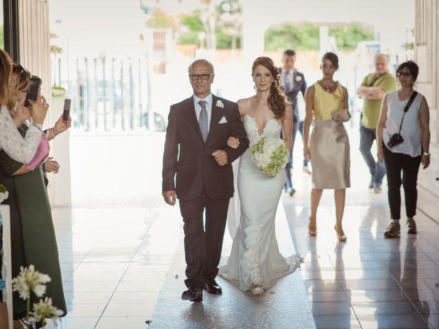 Il matrimonio di Ivana e Giuseppe a Lentini, Siracusa 20