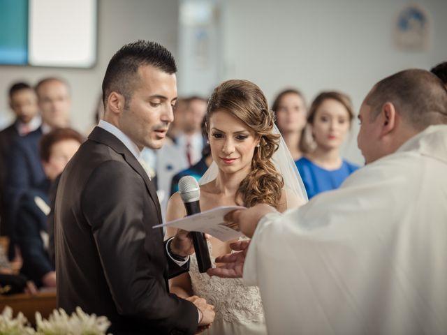 Il matrimonio di Ivana e Giuseppe a Lentini, Siracusa 23