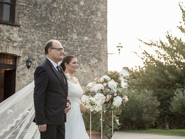 Il matrimonio di Vincenzo e Silvia a Caraffa di Catanzaro, Catanzaro 9