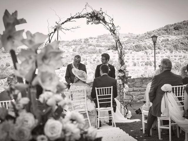 Il matrimonio di Mattia e Vittoria a Torgiano, Perugia 12