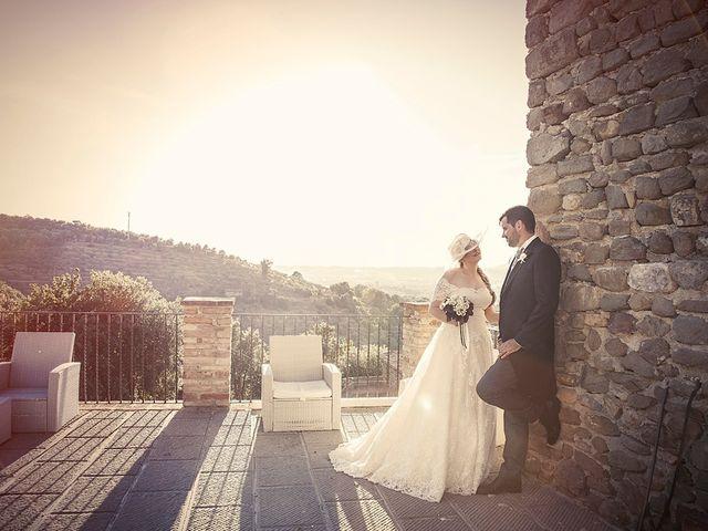 Il matrimonio di Mattia e Vittoria a Torgiano, Perugia 15