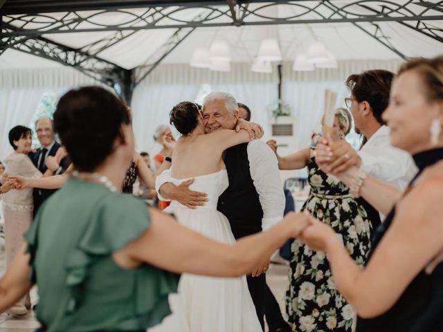 Il matrimonio di Cosimo Spadavecchia e Ester Spezzacatena  a Molfetta, Bari 7