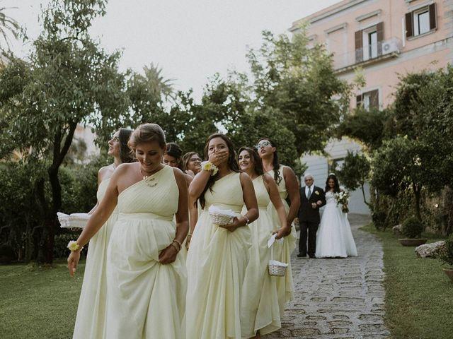 Il matrimonio di Stefano e Luisana a Napoli, Napoli 35