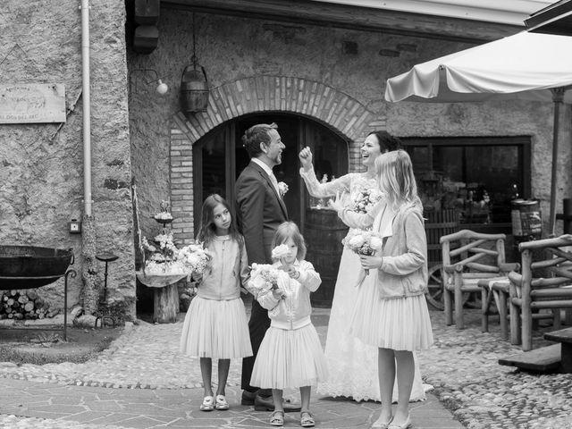 Il matrimonio di Roberto e Viia a Pisogne, Brescia 11