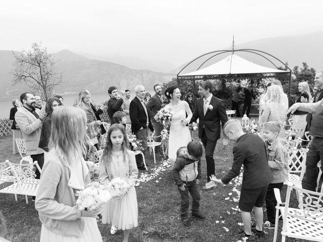Il matrimonio di Roberto e Viia a Pisogne, Brescia 16
