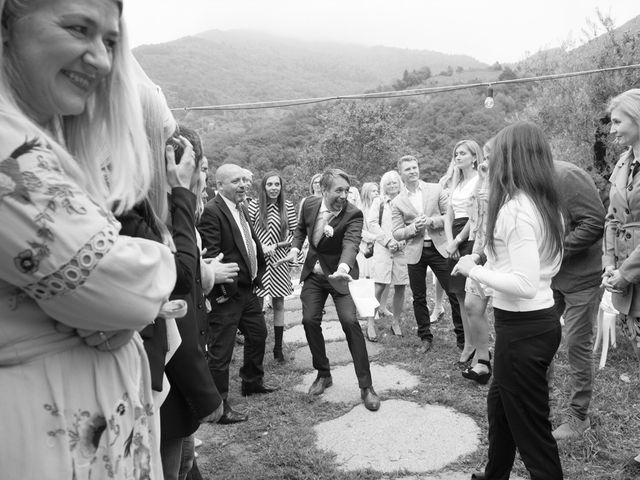 Il matrimonio di Roberto e Viia a Pisogne, Brescia 26