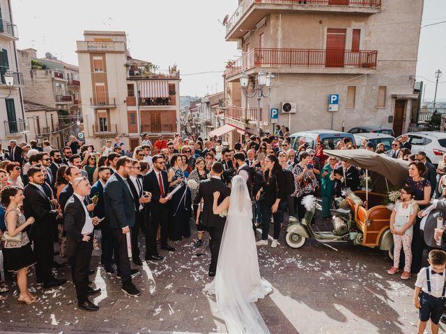 Il matrimonio di Laura e Pietro a Lascari, Palermo 30