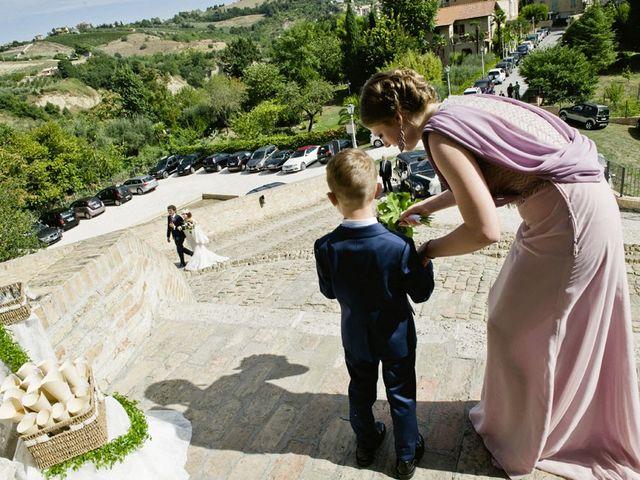 Il matrimonio di Andrea e Nikita a Offida, Ascoli Piceno 1