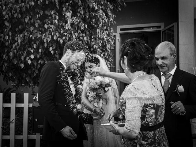 Il matrimonio di Nicolas e Valentina a Oristano, Oristano 24