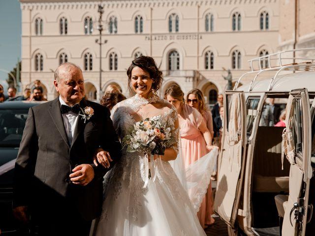 Il matrimonio di Giovanni e Letizia a Chieti, Chieti 19