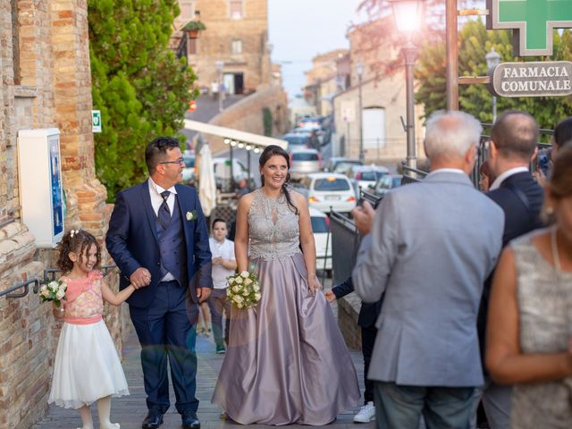 Il matrimonio di Fabio e Stefania a Tortoreto, Teramo 24