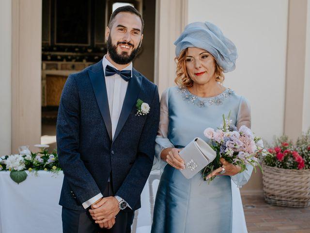 Il matrimonio di Francesco e Emanuela a Cirò Marina, Crotone 24