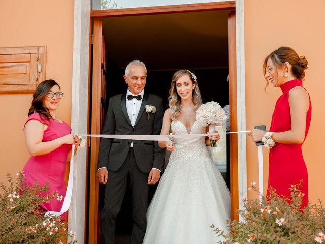 Il matrimonio di Mario e Lucrezia a Mosciano Sant'Angelo, Teramo 30