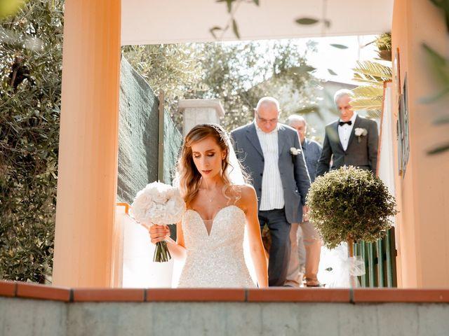 Il matrimonio di Mario e Lucrezia a Mosciano Sant'Angelo, Teramo 31