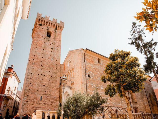 Il matrimonio di Mario e Lucrezia a Mosciano Sant'Angelo, Teramo 32