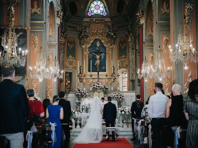 Il matrimonio di Gianluca e Christelle  a Dolceacqua, Imperia 19
