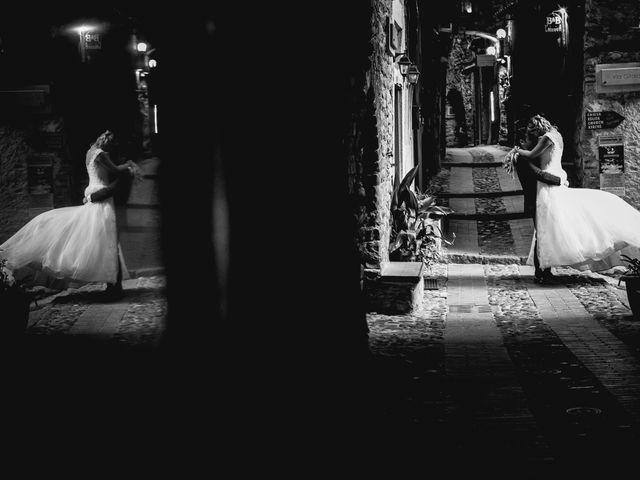 Il matrimonio di Gianluca e Christelle  a Dolceacqua, Imperia 33