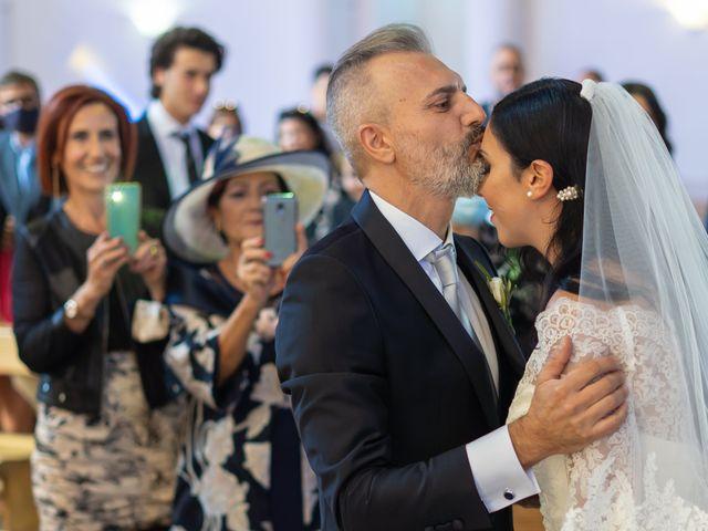 Il matrimonio di Marialaura e Piernicola a Carapelle, Foggia 31