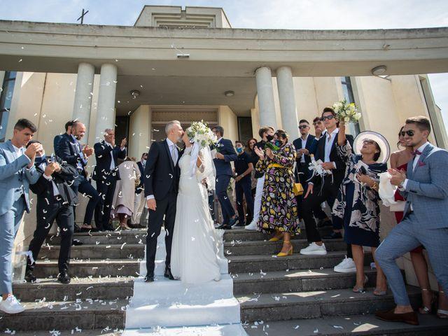 Il matrimonio di Marialaura e Piernicola a Carapelle, Foggia 38