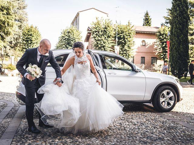 Il matrimonio di Nicolò e Linda a Busto Garolfo, Milano 21