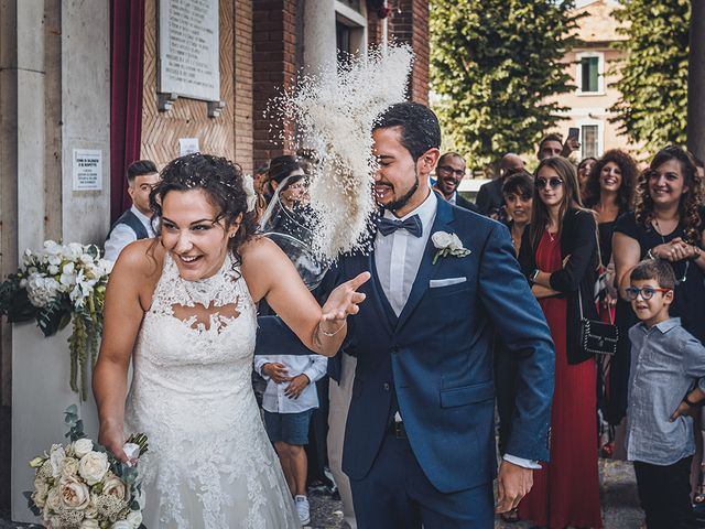 Il matrimonio di Nicolò e Linda a Busto Garolfo, Milano 34