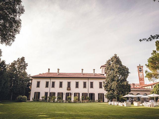 Il matrimonio di Nicolò e Linda a Busto Garolfo, Milano 37