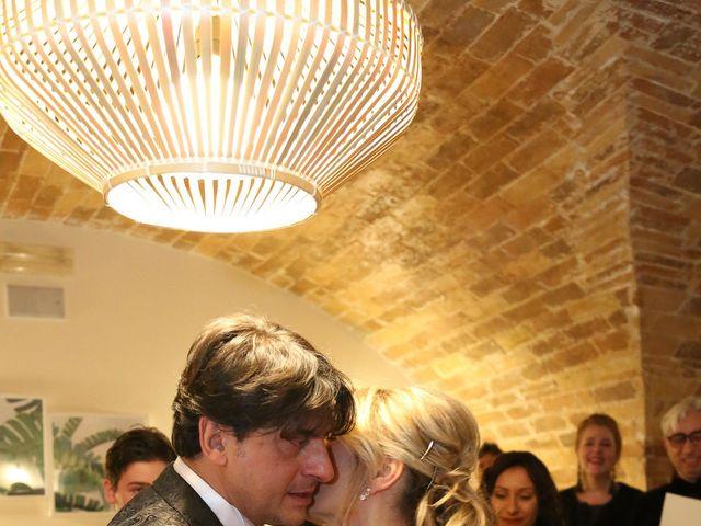 Il matrimonio di Giuseppe e Daniela a Loreto Aprutino, Pescara 6