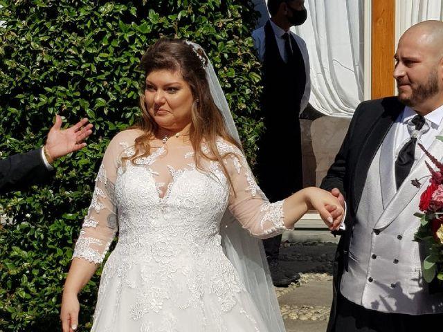 Il matrimonio di Massimo e Aurora a Capriolo, Brescia 12