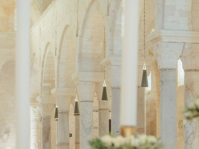 Il matrimonio di Andrea e Mariachiara a Trani, Bari 17