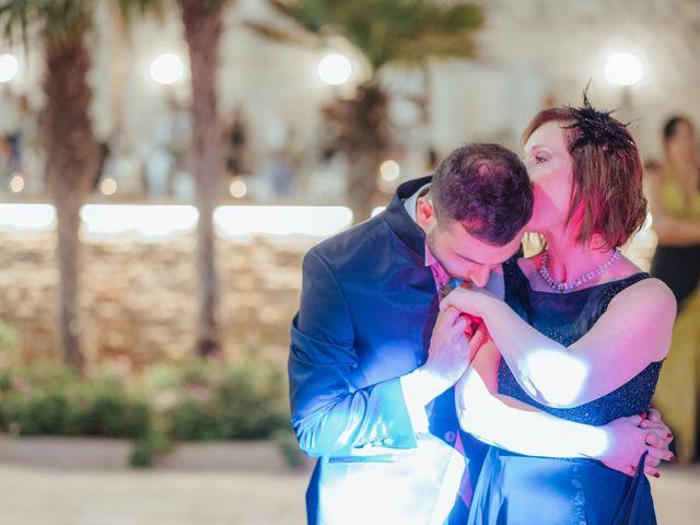 Il matrimonio di Andrea e Mariachiara a Trani, Bari 25
