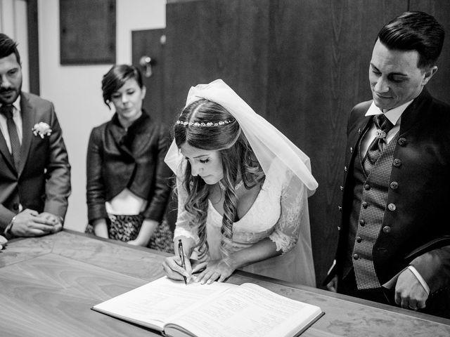 Il matrimonio di Marco e Majla a Lecco, Lecco 27