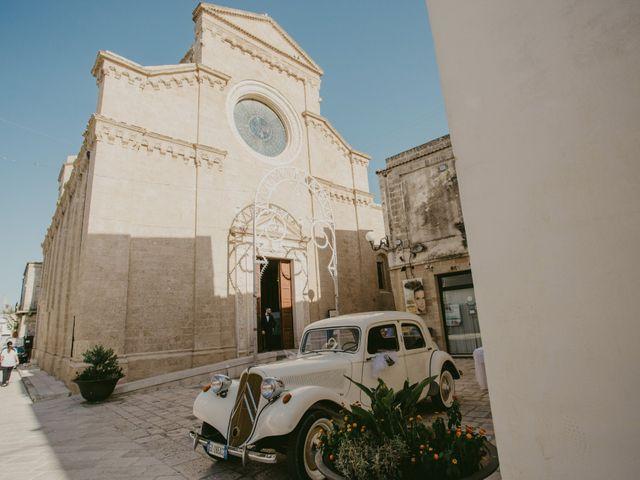 Il matrimonio di Massimiliano e Roberta a Maruggio, Taranto 12
