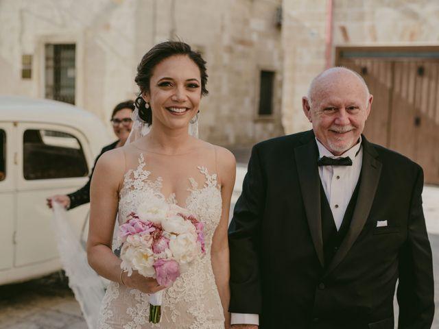 Il matrimonio di Massimiliano e Roberta a Maruggio, Taranto 17