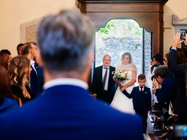 Il matrimonio di Massimiliano e Daria a Comignago, Novara 13