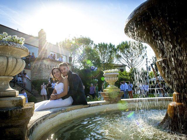Il matrimonio di Alessandro e Maria Laura a Treia, Macerata 25