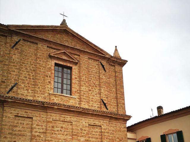 Il matrimonio di Francesco e Estefany a Serra de' Conti, Ancona 17