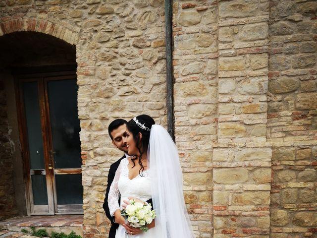 Il matrimonio di Francesco e Estefany a Serra de' Conti, Ancona 20