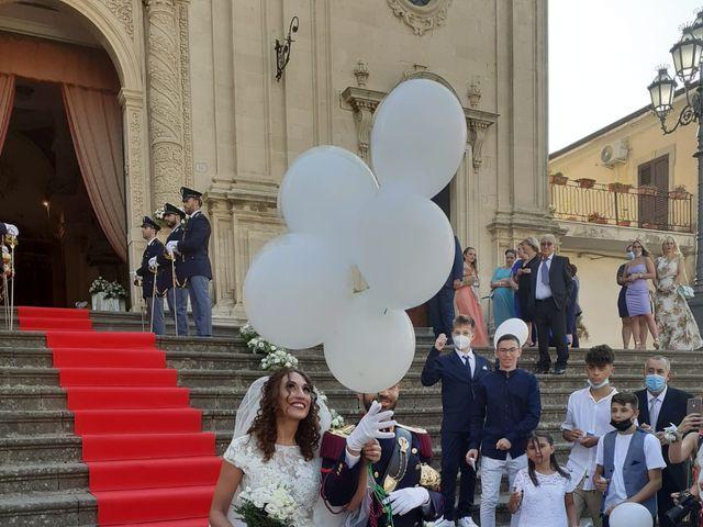 Il matrimonio di Alessandro  e Stefania  a Vizzini, Catania 13